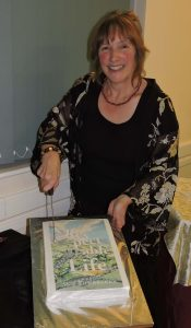 arl-launch-cutting-the-cake-of-the-book-med